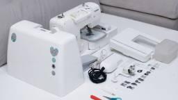 Máquina de costura/bordadeira Brother NV950D. (O MITO)