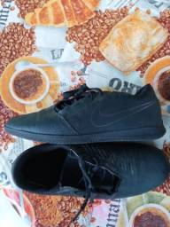 Chuteira futsal Nike 39