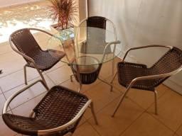 Mesa lazer com 4 cadeiras