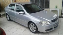 Grande Oferta!!Chevrolet Astra 2.0 automatico Blindado bancos em couro top de linha - 2005
