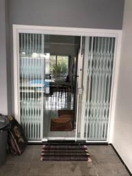 Porta janela + persiana