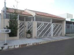 Vende-se casa na Coopharondon - Rondonópolis/MT