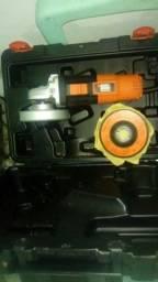 Lixadeira nova na caixa 230