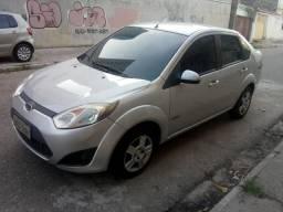 Lindo Fiesta Sedan 1.6 Class - 2012