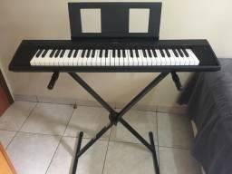 Piano Digital Yamaha Piaggero NP-12
