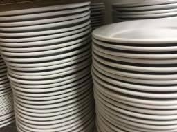 Pratos de Porcelana Germer