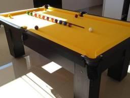 Mesa de Pedra com Tecido Amarelo e Cor Preta Mod ASKO2781