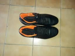 Chuteira de Campo Nike Tiempo Legend 7 Club FG