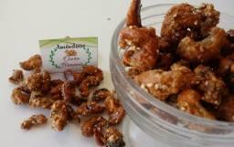Amendoas de castanha do caju