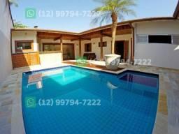 Casa na praia grande em Ubatuba com piscina e ar condiciona