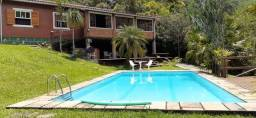 Casa - 3 quartos (1 suíte) - terreno - Bairro Posse - Petrópolis - RJ