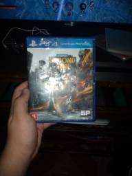 Infamous Second son e gof of war