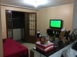 Alugo Apartamento 2 quartos