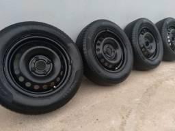 Roda original da Hyundai aro 14 pneu Pirelli