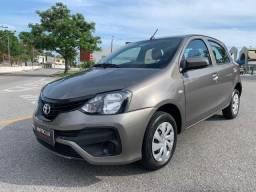 Toyota Etios X 2019 Automático impecável baixa Km