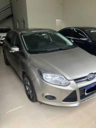 Vendo ou troco Focus Hatch 14/14 SE POWERSHIFT 1.6 16v Flex Automático