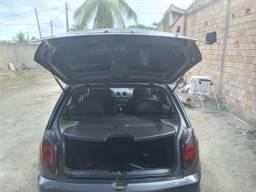 Vende - se um carro - 2012