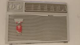 Ar condicionado de janela Gree 7000 BTUs 220v