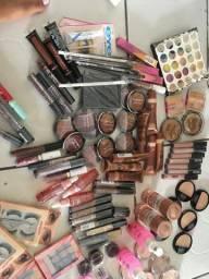 Estoque de maquiagem 125 itens