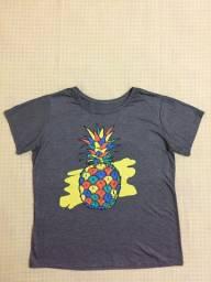 T-shirt, Estilo Baby Look, Estampada - Abacaxi Colorido