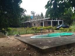 Velleda oferece 1 hectare com 2 casas, piscina galpão, ac troca, próximo RS-040