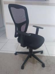 Cadeira super confortável valor de desapego
