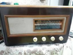 Rádio antigo valvulado ABC