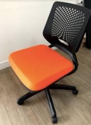 Cadeira de escritório giratoria Plaxmetal