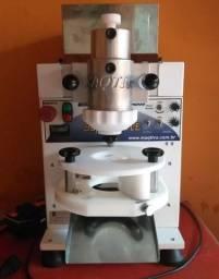 Máquina de salgados + masseira