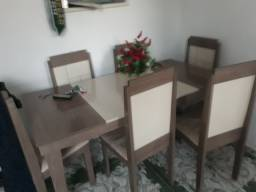 Mesa 6cadeiras 400 reais *