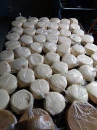 Queijos cozidos e queijos minas e requeijão