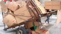Doação papelão para reciclagem