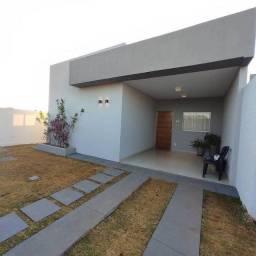 Casa de condomínio térrea para venda tem 88 metros quadrados com 3 quartos