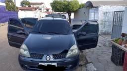 Vendo Renault Clio sedan 2004
