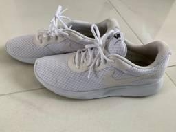 Tênis Nike, usado, 41.
