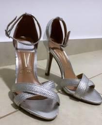 Sandália nova prata