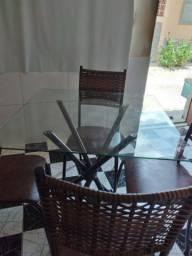 Mas a 4 cadeiras