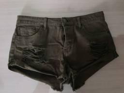Short jeans curto verde