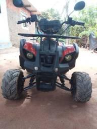 Quadriciclo 112 cilindradas