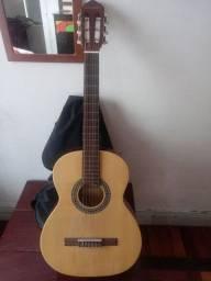 Vendo violão  300,00