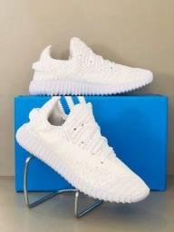 Tênis Adidas Yeezy Boost 350 (Novo)