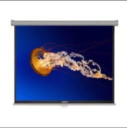 Vende-se tela de projetor retrátil 120 polegadas.