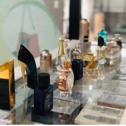 Perfumes Brand Collection