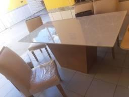 Vendo mesa de jantar 6 cadeiras