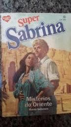 Livro da edição de Sabrina 8 reais cada
