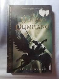 """Livro """"O Último Olimpiano"""""""
