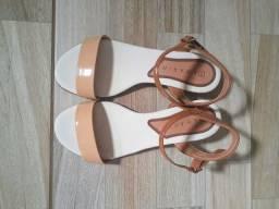 Sandália com Salto Ramarim