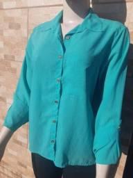 Camisas e calças usadas ,10 reais cada
