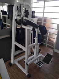Aparelho de musculação Glúteos