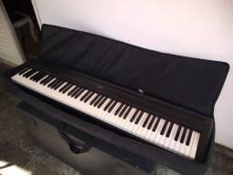 Piano digital Yamaha p95
